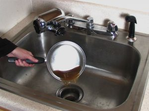 sink unclog with Dish Detergent
